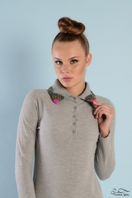 Roos Gri Yaka Detaylı Elbise
