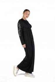 Nisan Siyah İşlemeli Elbise