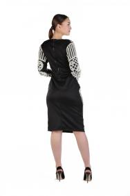 İnci İşlemeli Siyah Elbise