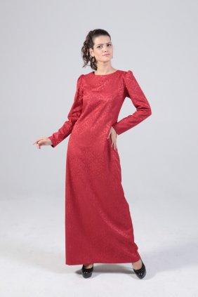 Kırmızı Kendi Elbise