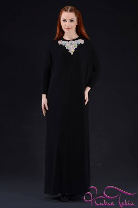 Sindy Yaka Detaylı Elbise