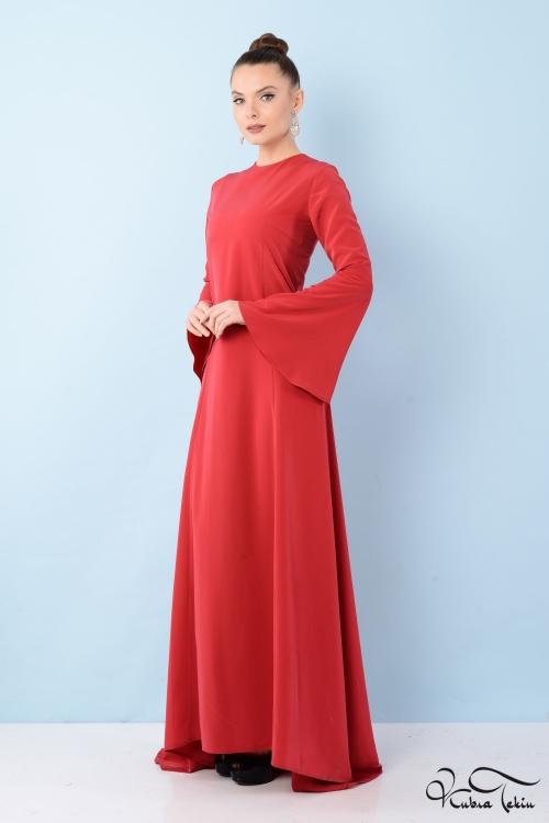 Kuğu Kırmızı Elbise