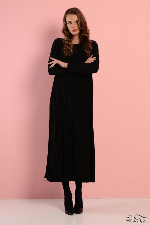 Katy Siyah Pileli Elbise