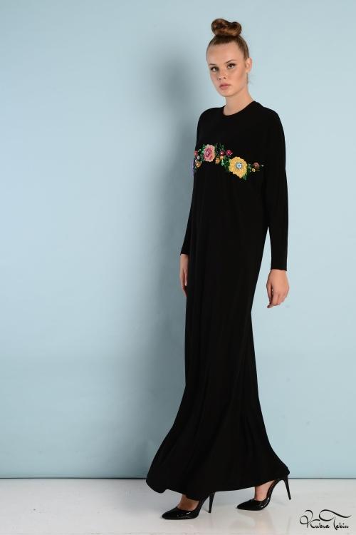 Sindy Siyah Nakış İşlemeli Elbise