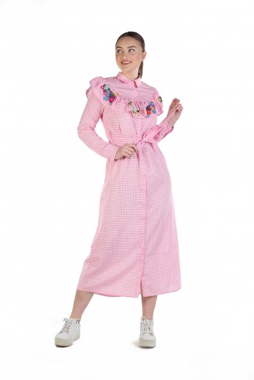 Pembe Kareli Yaka İşlemeli Elbise
