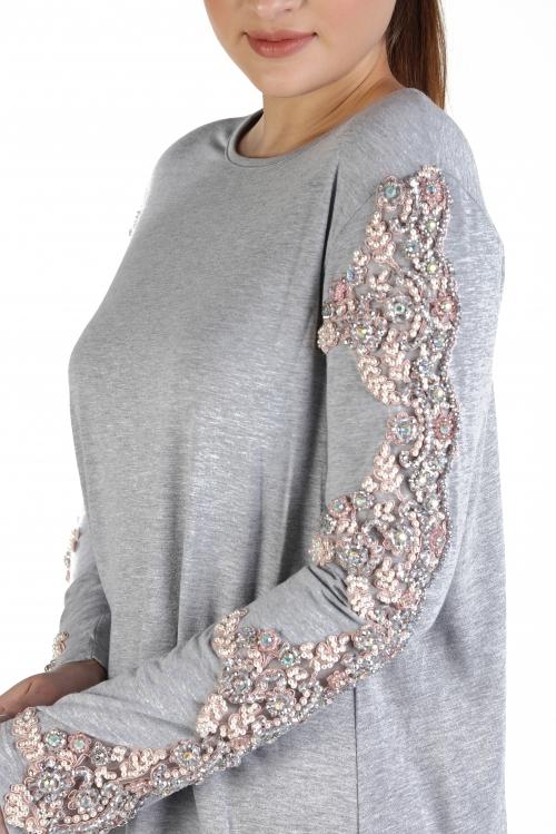 Eko Gri Kol İşlemeli Örme Elbise