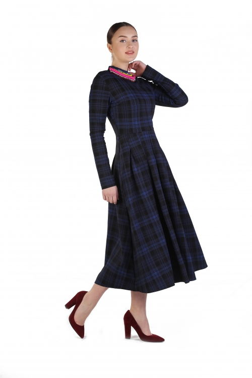 Rania Ekose İşlemeli Elbise