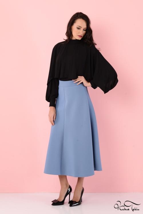 Siyah Pelerin Bluz
