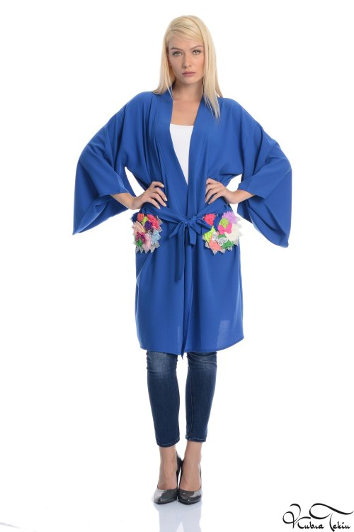 Crystal Saks Kimono