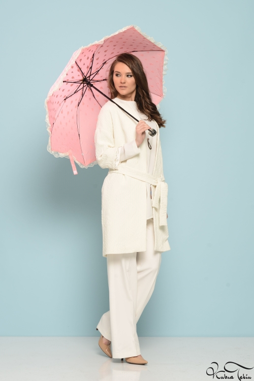 Beyaz İnci Trenchcoat