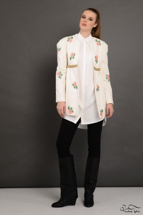 Tamara Ekru Kanaviçe İşlemeli Ceket