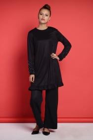 Lilia Siyah Takım