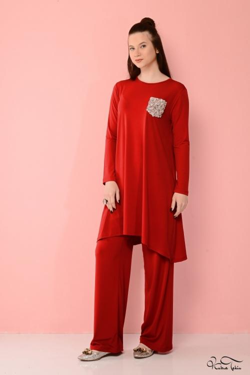 Vania Kırmızı Cepli Takım
