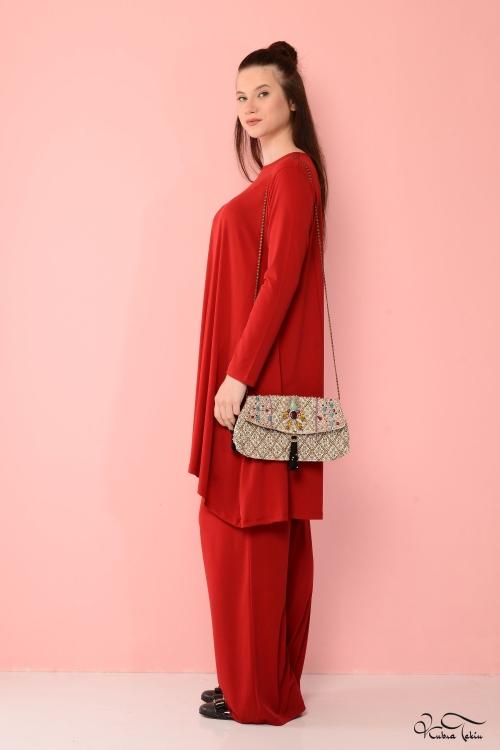 Vania Kırmızı Takım
